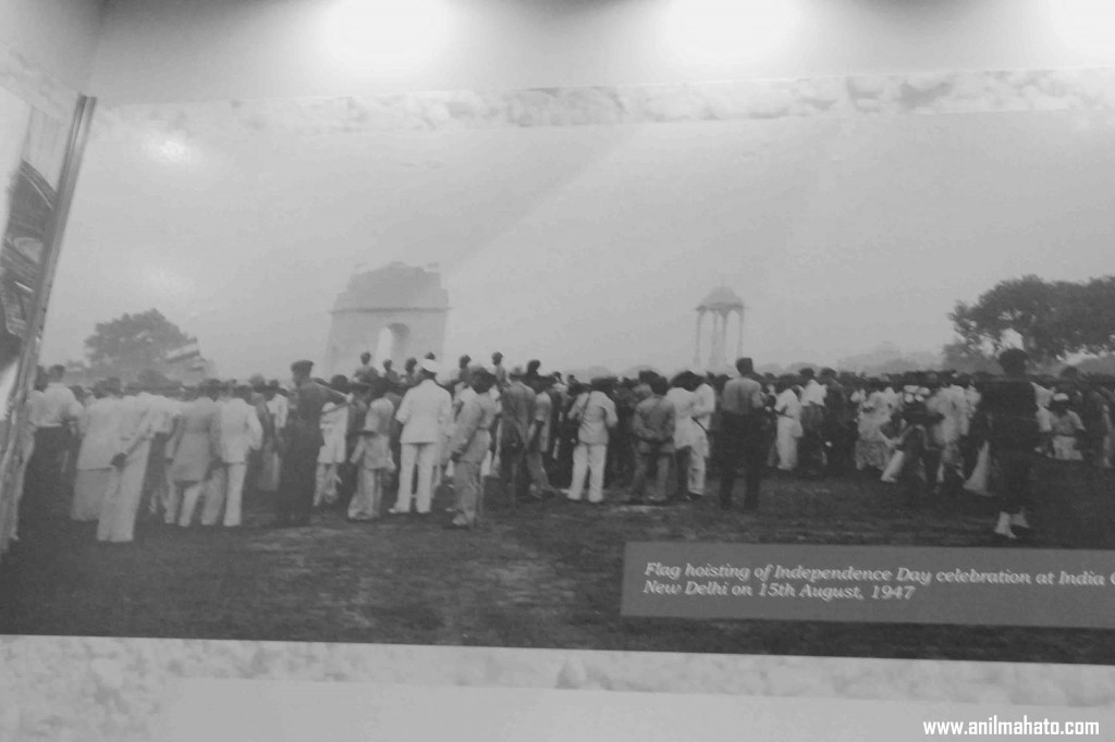 Flag Hoisting on Independence Day at India Gate 1947, August 15