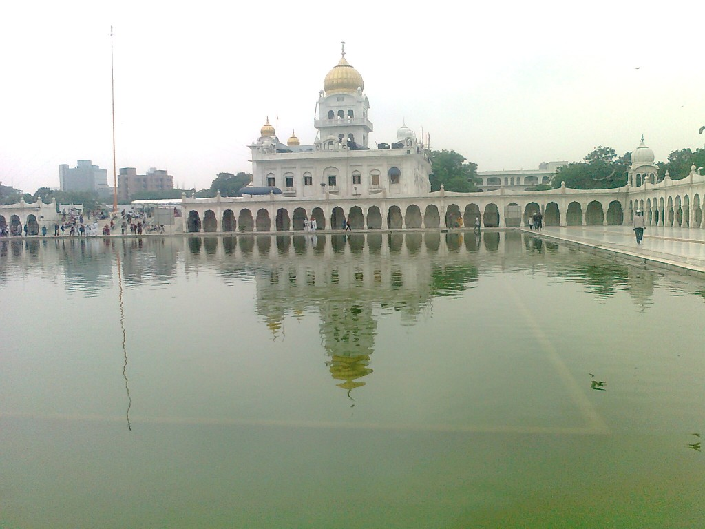 Bangla Sahib in Connaught place