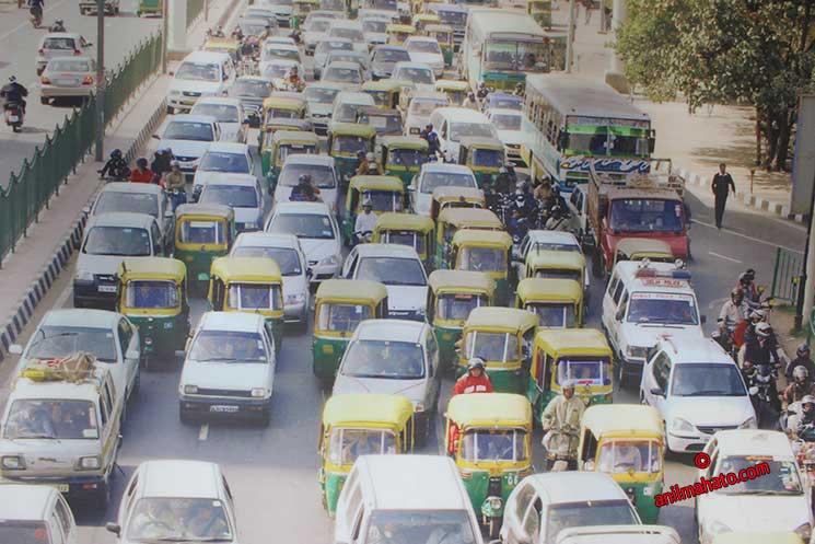 Delhi's Everyday Traffic