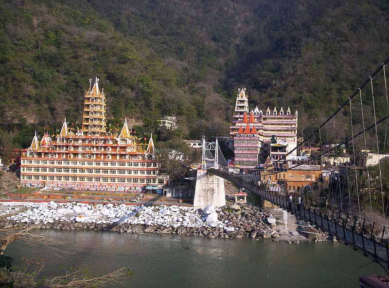 Rishikesh---religious-tourism-india