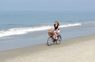 wellness-places-in-india---Majorda-Beach-Goa-India